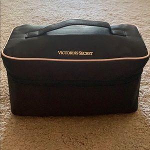 VS travel lingerie case